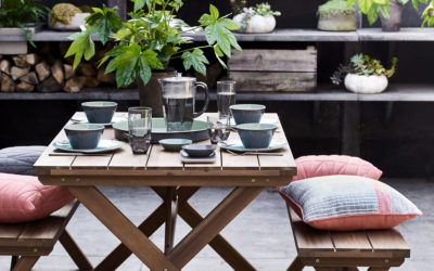 OUTDOOR LIVING WITH ARGOS